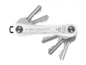 KeySmart Pro with Tile Smart