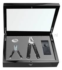 Leatherman SUPERTOOL 300 & MICRA 30 JARIG BESTAAN